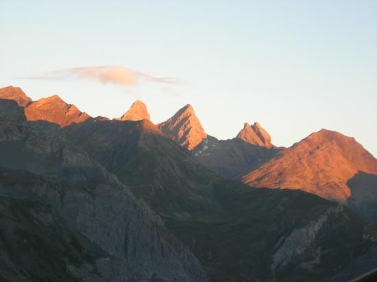 levé de soleil sur les sommets
